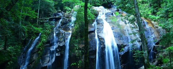 日本100名滝「金引きの滝」。この瞬間のために2時間かけた。